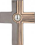 Bronzekreuz mit Glasstein